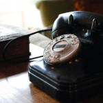 Detalle - teléfono antiguo en La Casa de Don Alfonso