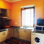Cocina de la Casa de Tambo en Samieira, Rías Baixas